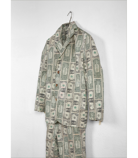 Moneysuit