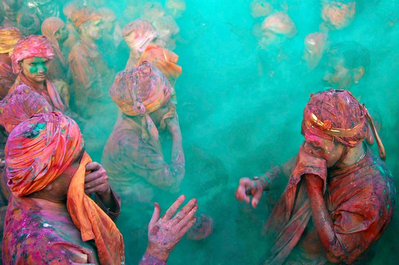 Festival_of_colors_boston_com2